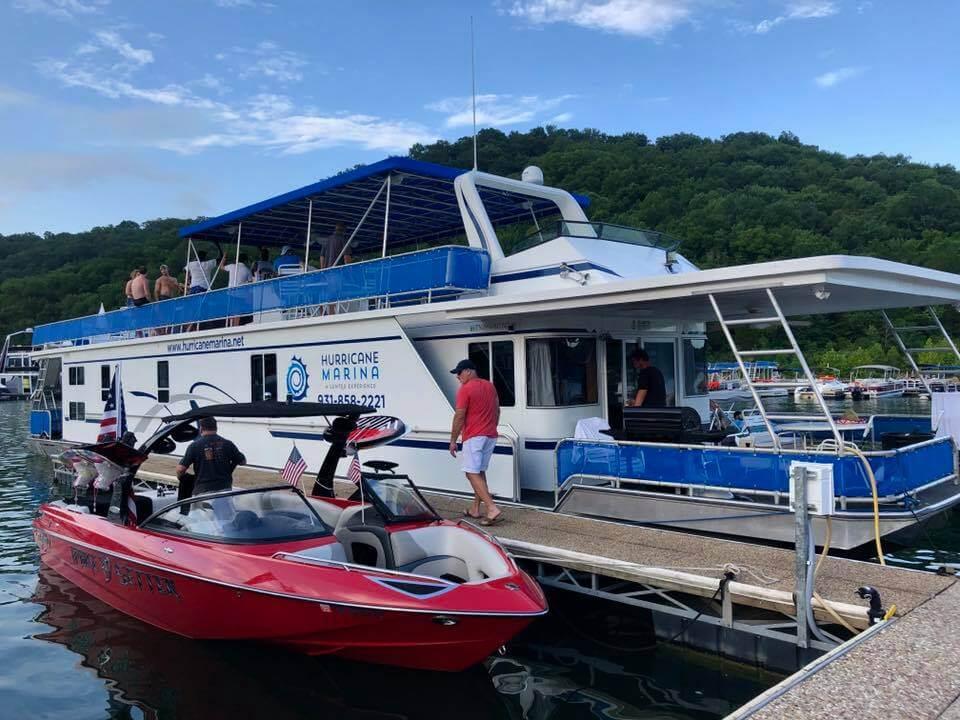 Hurricane Marina Houseboat And Small Boat Rentals On